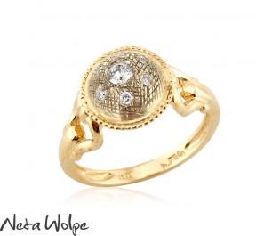 טבעת בסגנון אר-נובו