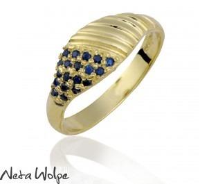טבעת ספירלית משובצת אבני ספיר