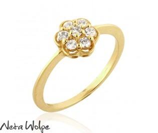 טבעת  פרחונית בסגנון וינטאג' משובצת ביהלומים