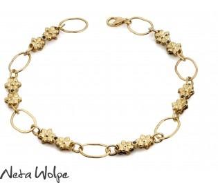צמיד חוליות זהב עם יהלומים שחורים