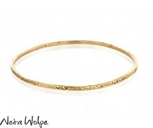 Floral Engraved Morrocan Style In 14k Gold Bangle Bracelet