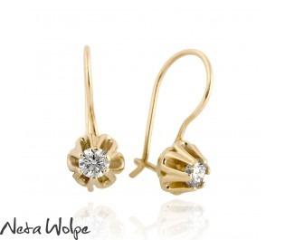 עגילי זהב תלויים בסגנון וינטג' בשיבוץ יהלום