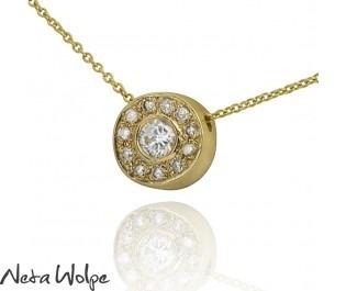 תליון זהב עטור יהלומים