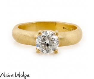 טבעת אירוסין מודרנית