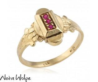 טבעת חותם אמנותית משובצת אבני רובי