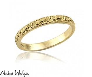 טבעת נישואין וינטאג' עם קישוטים עדינים